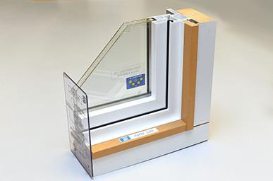 サッシ(窓)